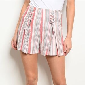 ♥️ Striped Lace-Up Pink Shorts